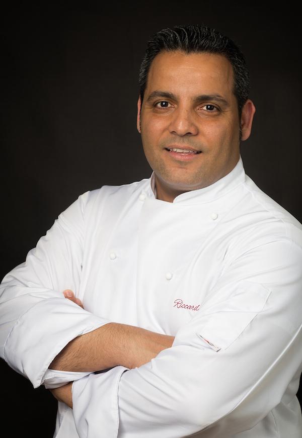 http://www.gamberorosso.net/wp-content/uploads/2019/05/chef.jpg